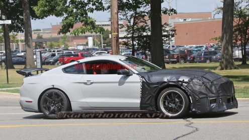 Ford Shelby Mustang GT500 spy shots-3