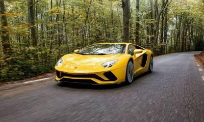 2017 Lamborghini Aventador S first images-leaked-2