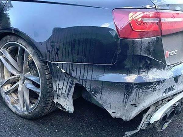 Valentino Rossi crashes his Audi RS6-2
