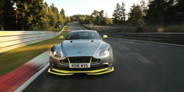Aston Martin Vantage GT8 laps the Nurburgring