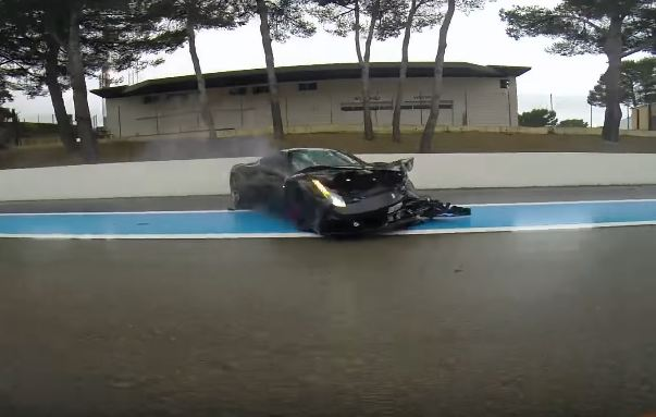 Ferrari 458 Speciale Crash-Paul Ricard