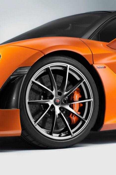 McLaren 720S-2017 Geneva Motor Show-9