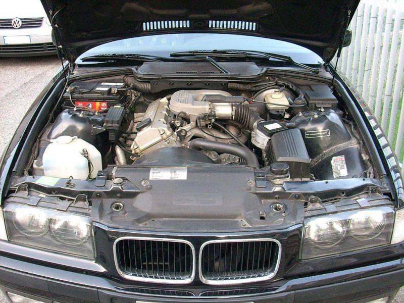 BMW 316 Engine Bay