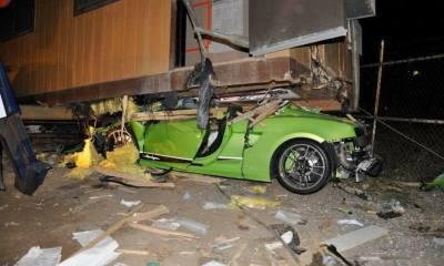 Green Lamborghini Gallardo Superleggera Crash-California-1