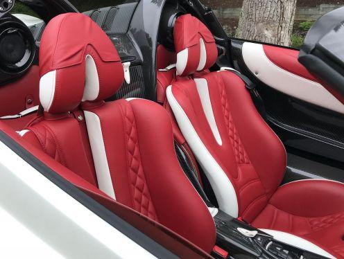 White-Pagani Huayra Roadster-Concorso Ferrari-Friends-Huay-not-4