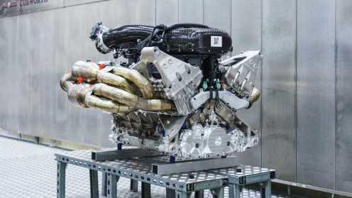aston-martin-valkyrie-s-cosworth-v12-engine-04