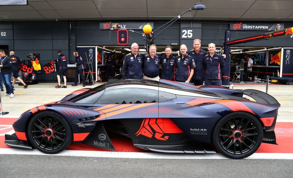 Aston Martin Valkyrie-Silverstone-2