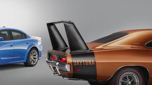 Dodge-Charger-Daytona-50th-Anniversary-4