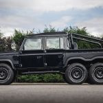 300 000 Land Rover Defender Flying Huntsman 6x6 Who Wants One The Supercar Blog