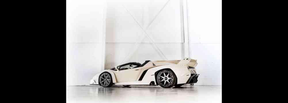 White-Lamborghini-Veneno-Roadster-2