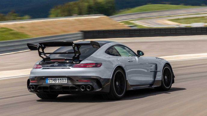 Mercedes-AMG GT Black Series-2