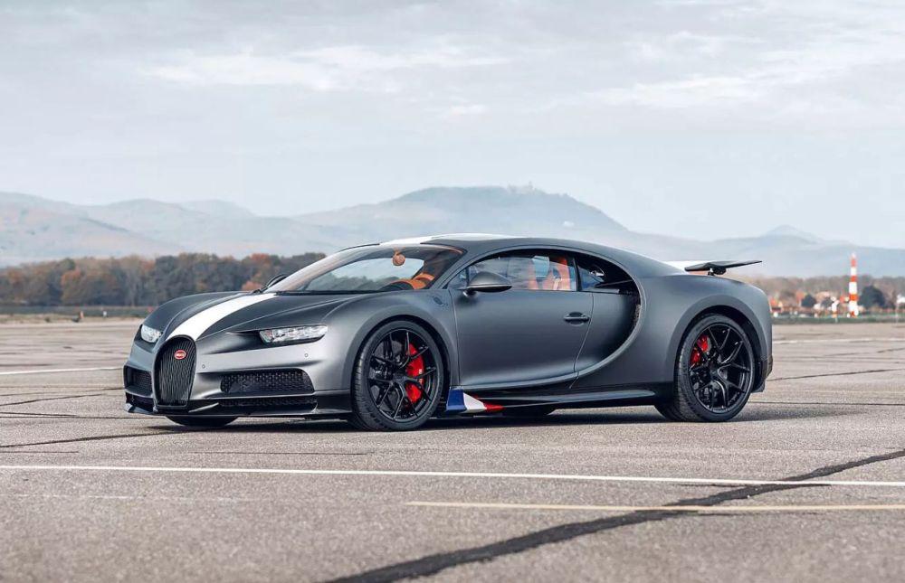 Bugatti-Chiron-Sport-Le-Legendes-du-Ciel-2