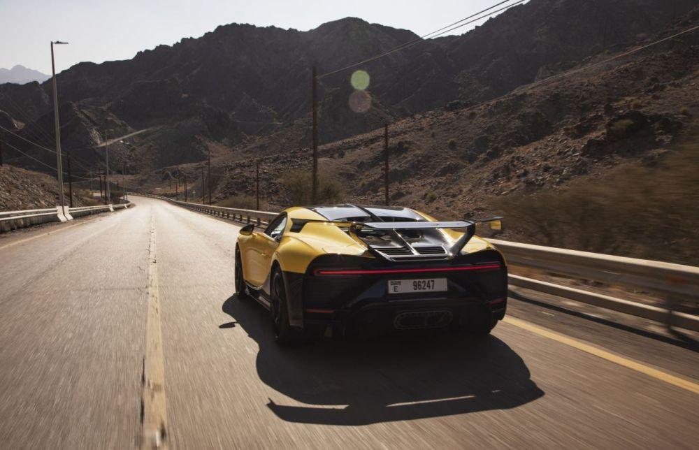 Bugatti Chiron Pur Sport-Hajar-Dubai-1