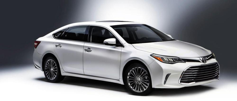 2016-Toyota-Avalon1