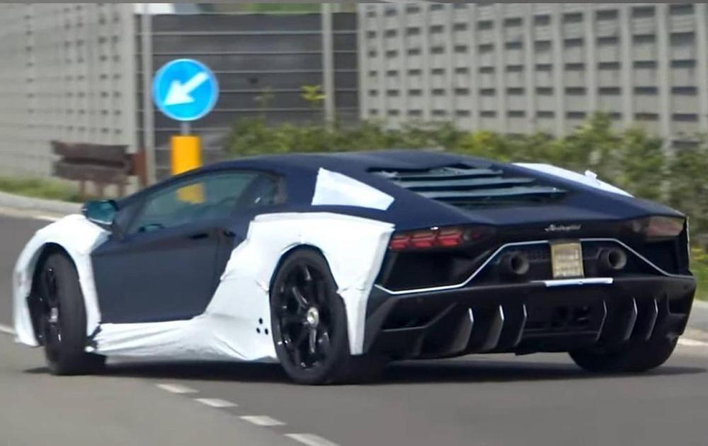 Lamborghini Aventador SJ-Final Aventador-8