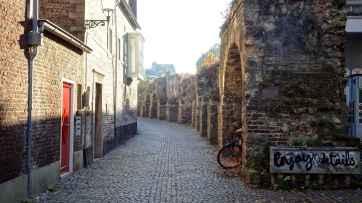 A part of the Maastricht city walls along Lang Grachtje
