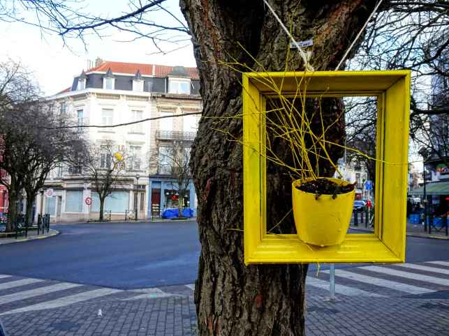 Yellow frame with street