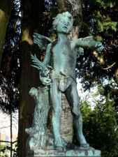 Cimetière d'Ixelles Angel boy
