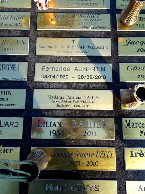 The Sleeping Place: Cimetière d'Ixelles Julie and Patricia