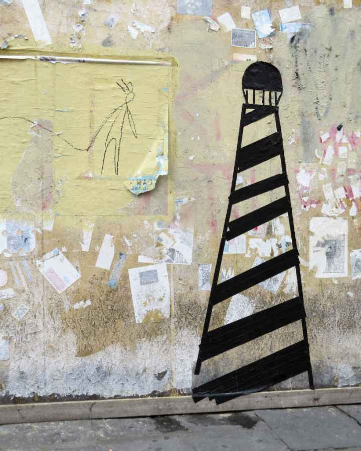 Graffiti Florence - Gaffer tape lighthouse