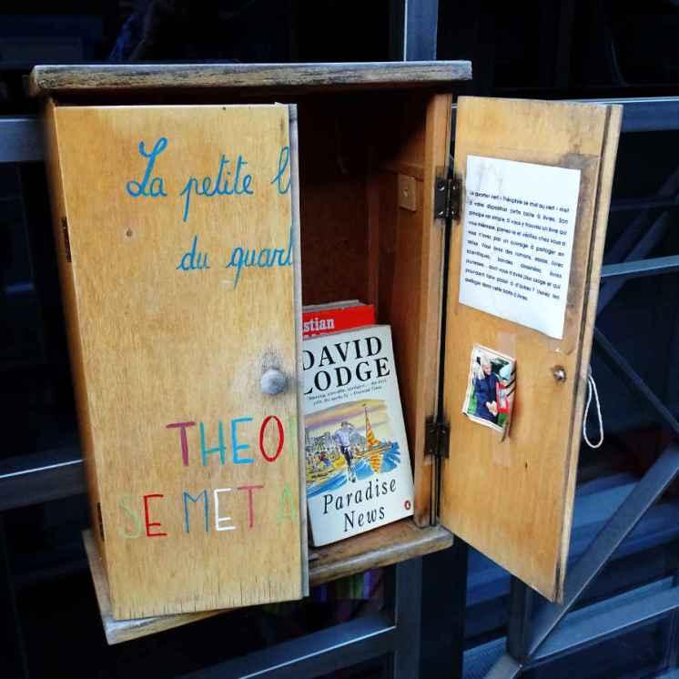 Brief return: Private book box in Ixelles 2