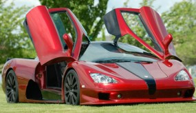 SSC Ultimate Aero Red doors open