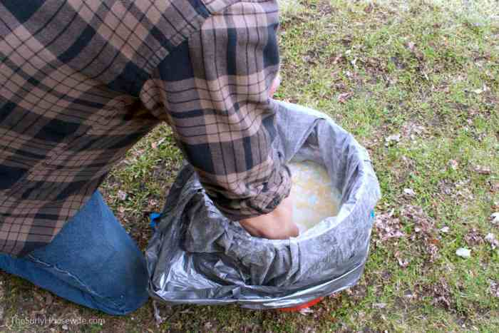 how to mix DIY Laundry Detergent