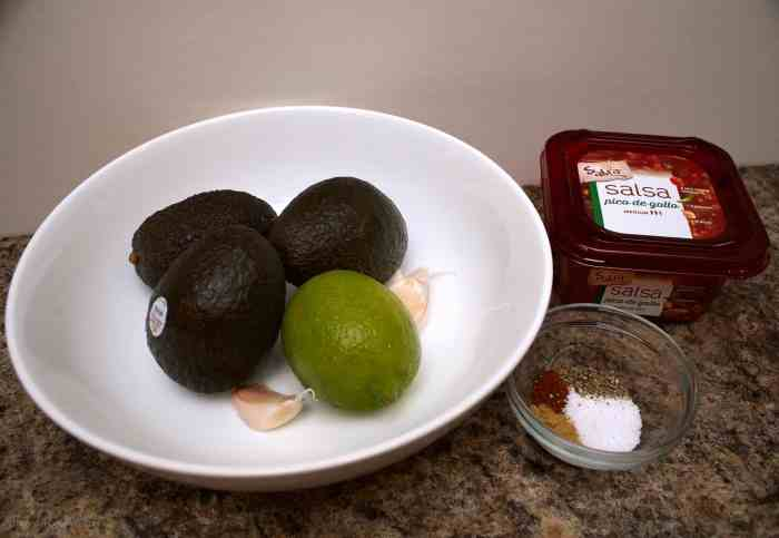 garlic and lime guacamole ingredients
