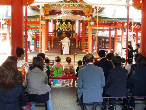 Shichigosan_at_Ikuta_Jinja_Shrine