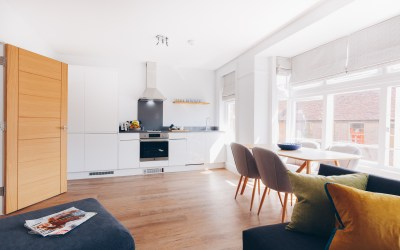 South Street Apartments – ideal for holiday/business, chichester