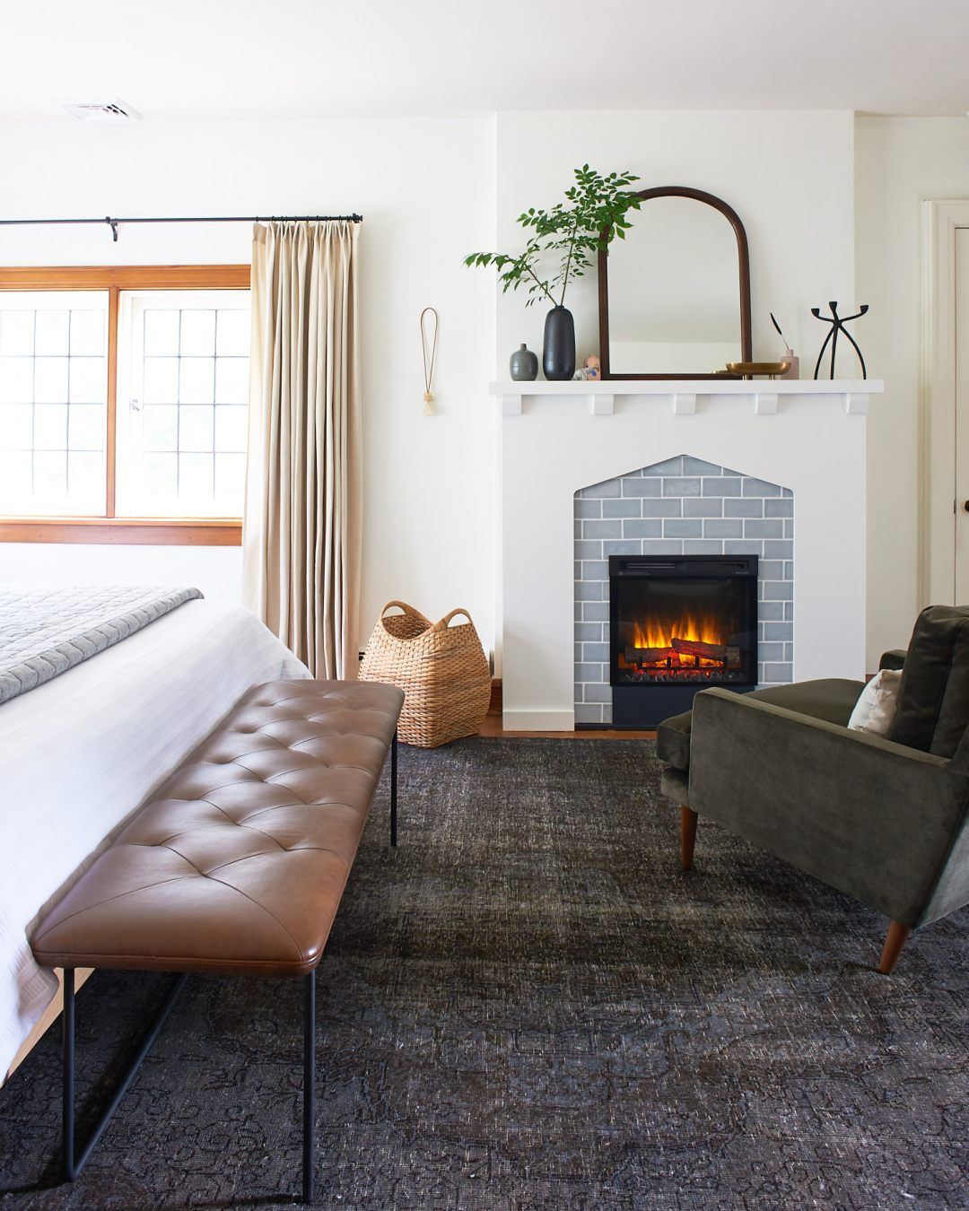 Article Level Bench with Fireplace