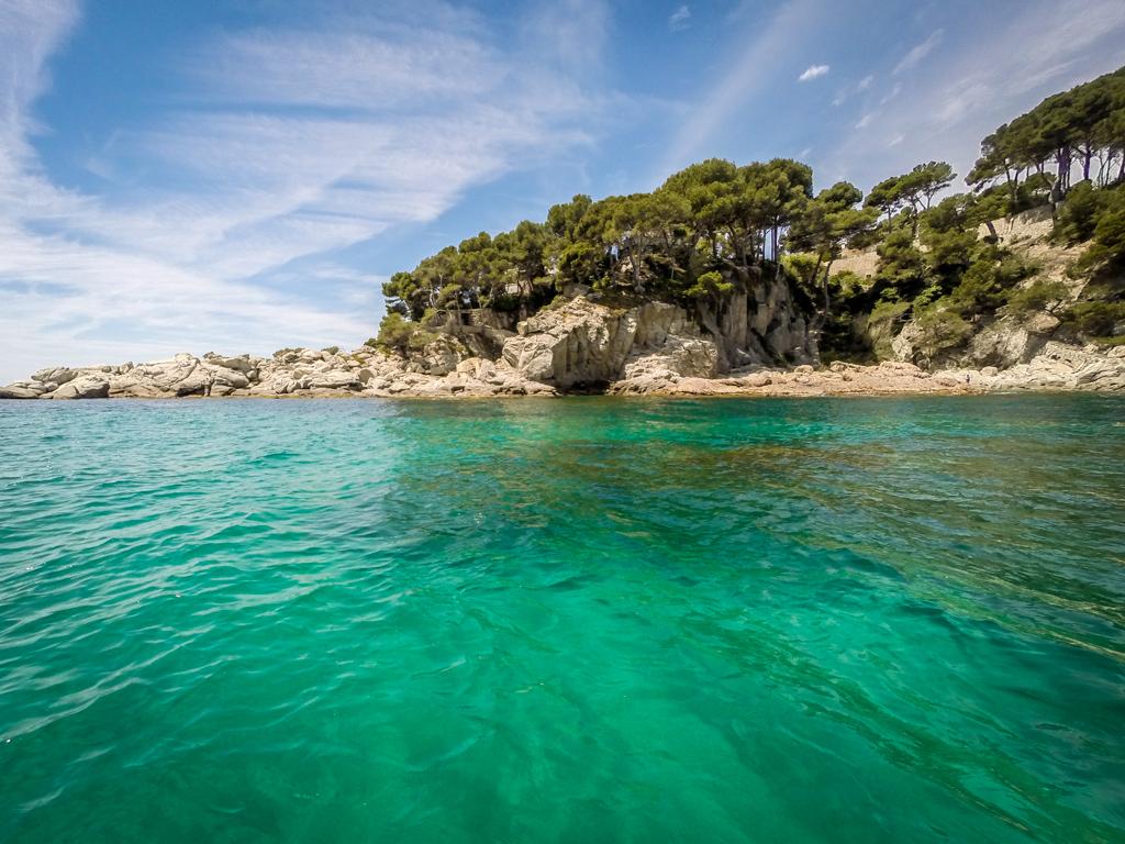 Stand-up paddling with Camping Internacional de Calonge