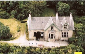 Fairy Knows (courtesy of Savills) Wallace Graham Sweet (1876-1953) and family lived here for a time.