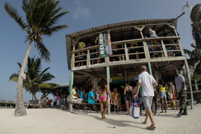 The Split - Caye Caulker Travel Guide – 1 week in Belize