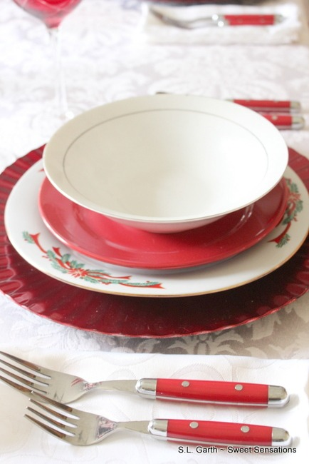Red and White Holiday Tablescape