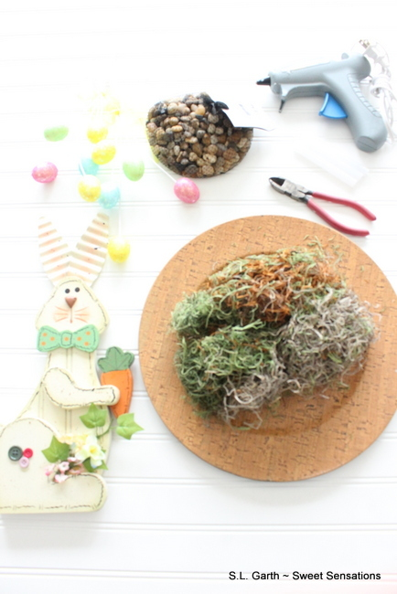 Easter Bunny Centerpiece with Pebble Charger.