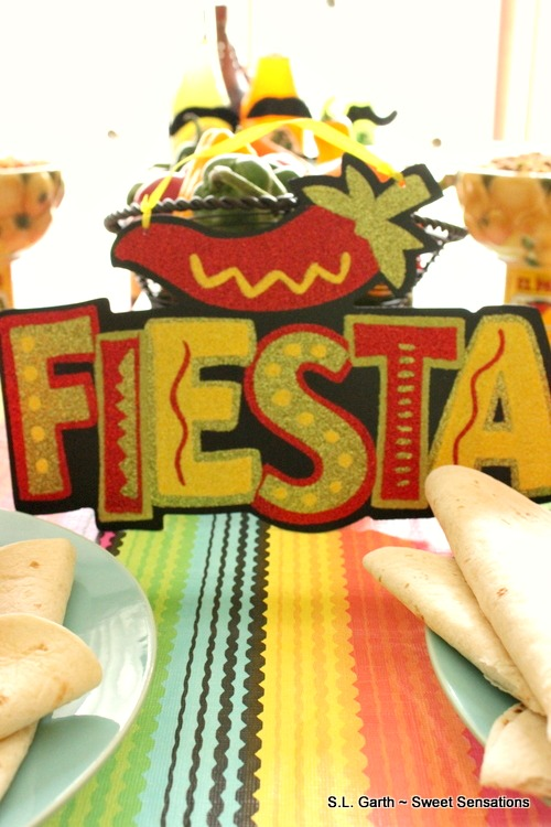For this Cinco de Mayo Fiesta Buffet the food and décor was very casual and easy to pull together.