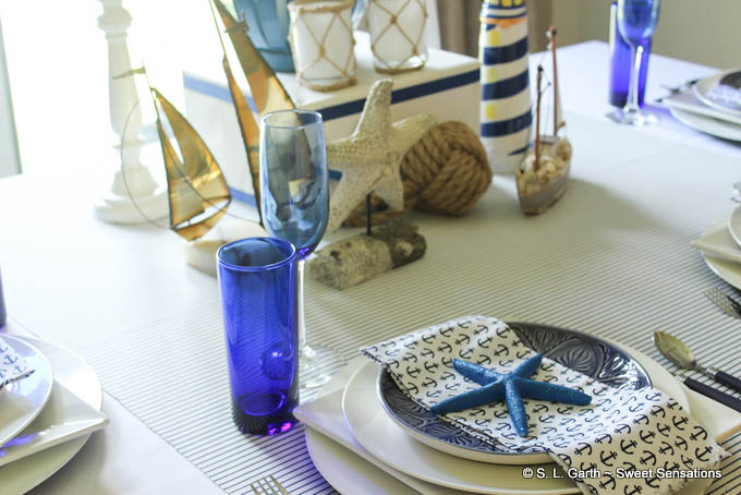 This Chic Nautical Inspired Tablescape is my desperate attempt to hold onto the summer season a little bit longer.