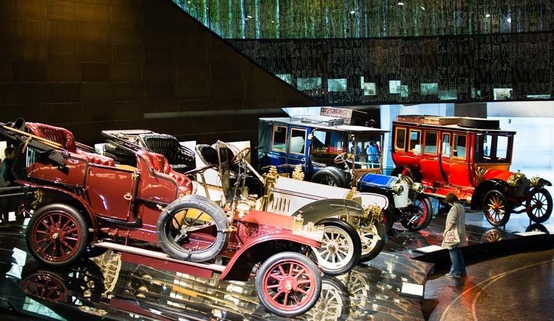 Mercedes Benz Classic Car Display