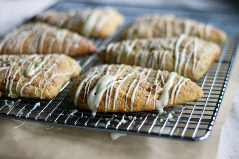 orange-almond-scones | www.thetableofcontents.co