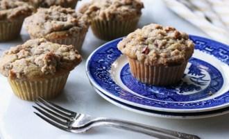 Nectarine Pecan Crumb Muffins | www.thetableofcontents.co