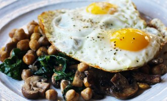 Chickpea, Mushroom, Spinach Hash | www.thetableofcontents.co