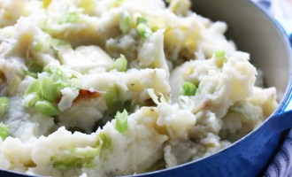 Colcannon - Traditional Irish Mashed Potatoes | www.thetableofcontents.co