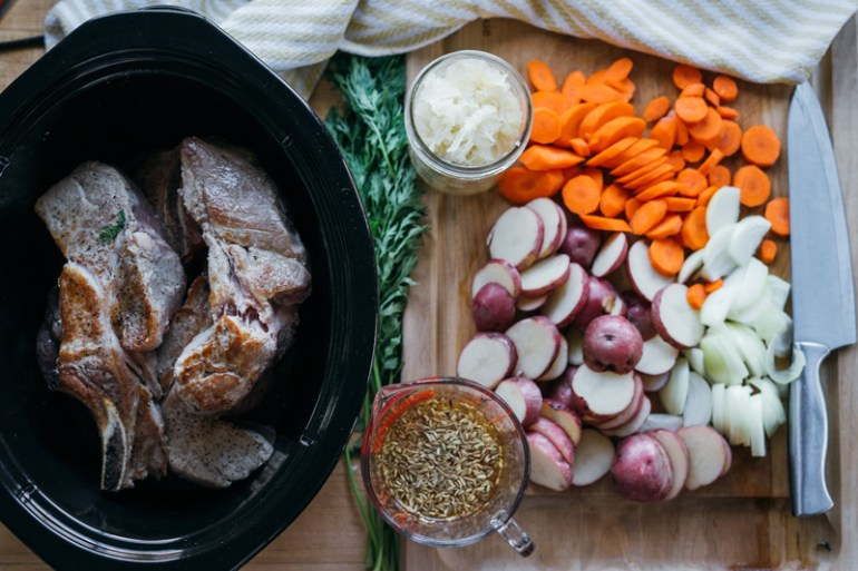 Slow Cooked Country Style Ribs with Sauerkraut and Apples | www.thetableofcontents.co