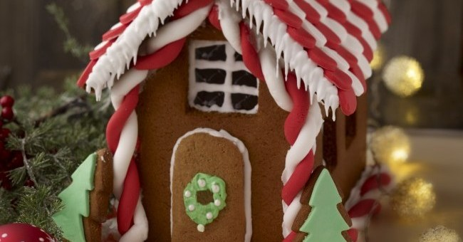 Louise Lennox Gingerbread House