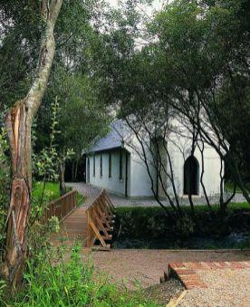Brook Lodge1