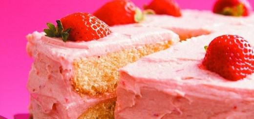 Delicious Denise buttermilk strawbery cake