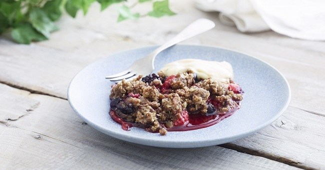 Easy Berry Crumble Recipe