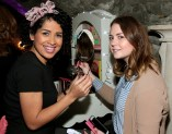 Adri Andrade and Niamh Campbell at The Loop's Joy of Giving Christmas launch at The Crypt in Chirstchurch,Dublin. Picture Brian McEvoy No Repro fee for one use