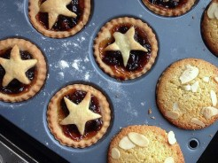 mine-pies-out-of-the-oven